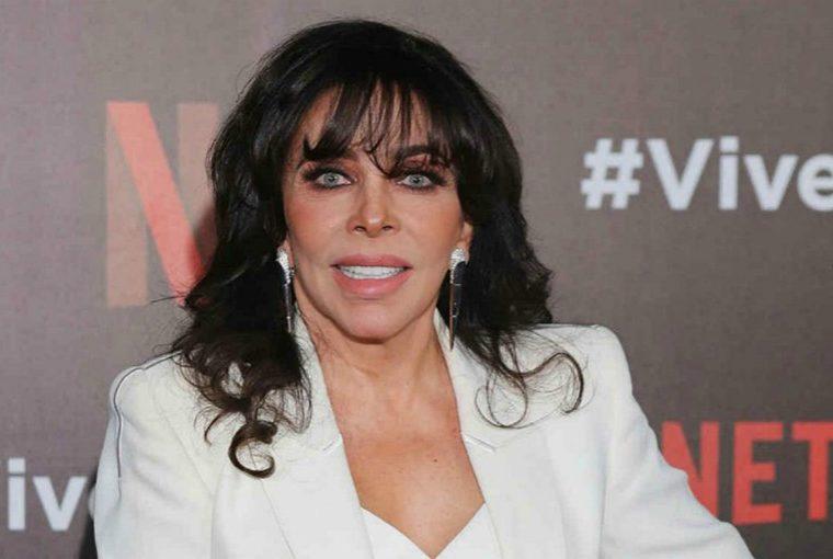Yolanda Andrade asegura tener pruebas de su boda con Verónica Castro