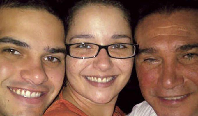 Daniel Alvarado y sus hijos